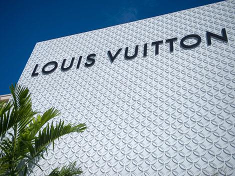 Louis Vuitton LV Aventura