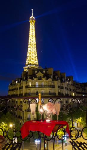 Paris Perfect Champagne Eiffel Tower view