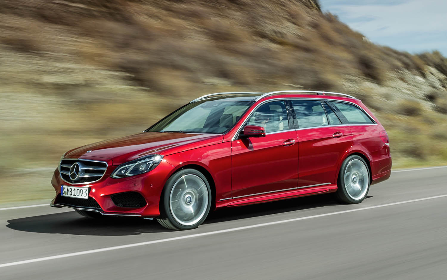 Mercedes benz usa selling more luxury cars than ever in history 2014 mercedes benz e class wagon altavistaventures Gallery