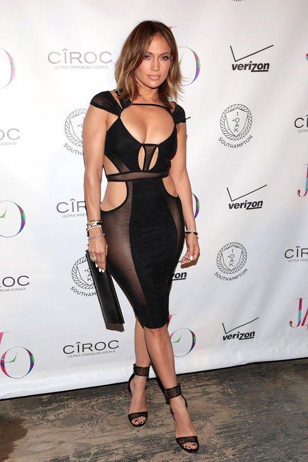 Jennifer Lopez In This Dress  46 Birthday MosnarCommunications