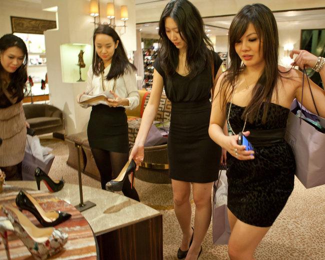 Rich U.S. Chinese Students MosnarCommunications