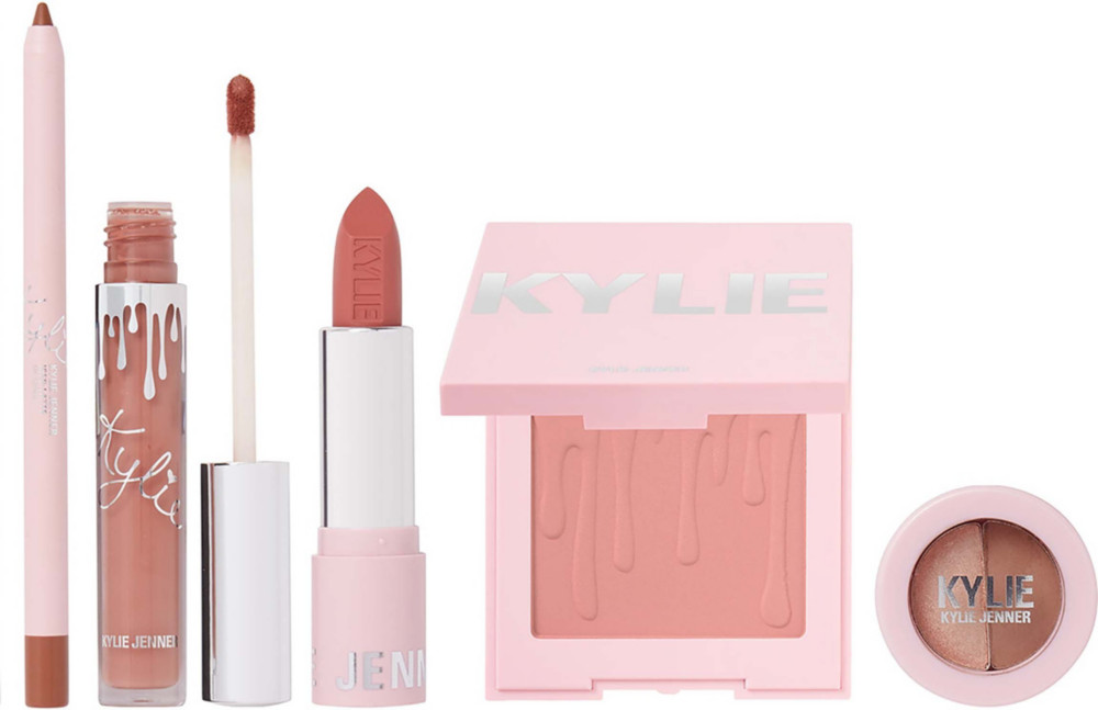 Kylie-Holiday-Try-It-Kit-Mosnar-Communications